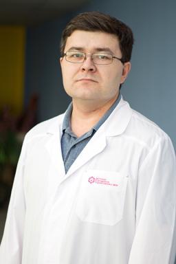 dmitriy-vyacheslavovich-oparin.jpg